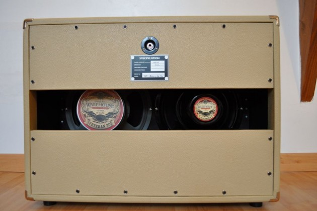 IT-11 audio Cab 212 back