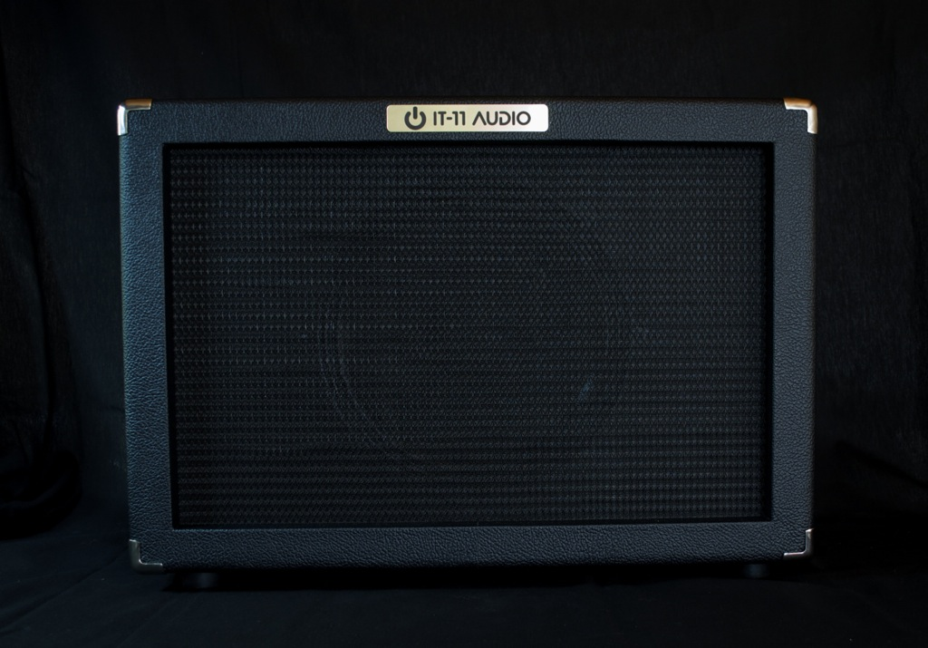 IT-11_Audio_Cab112-Black