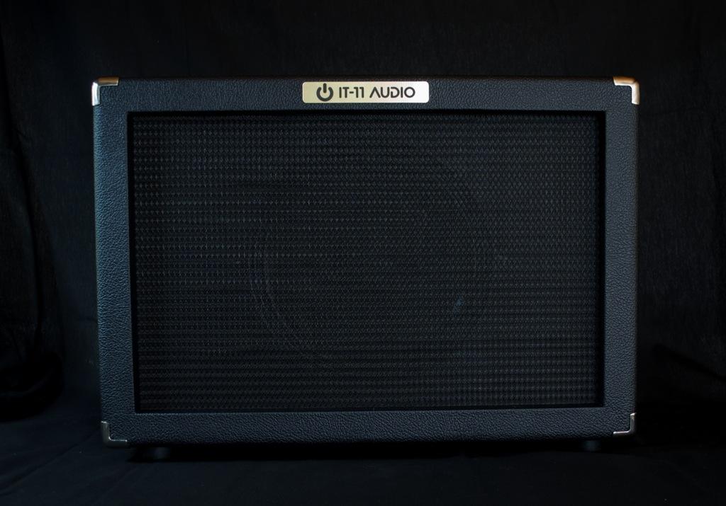 IT-11_Audio_Cab112-Black