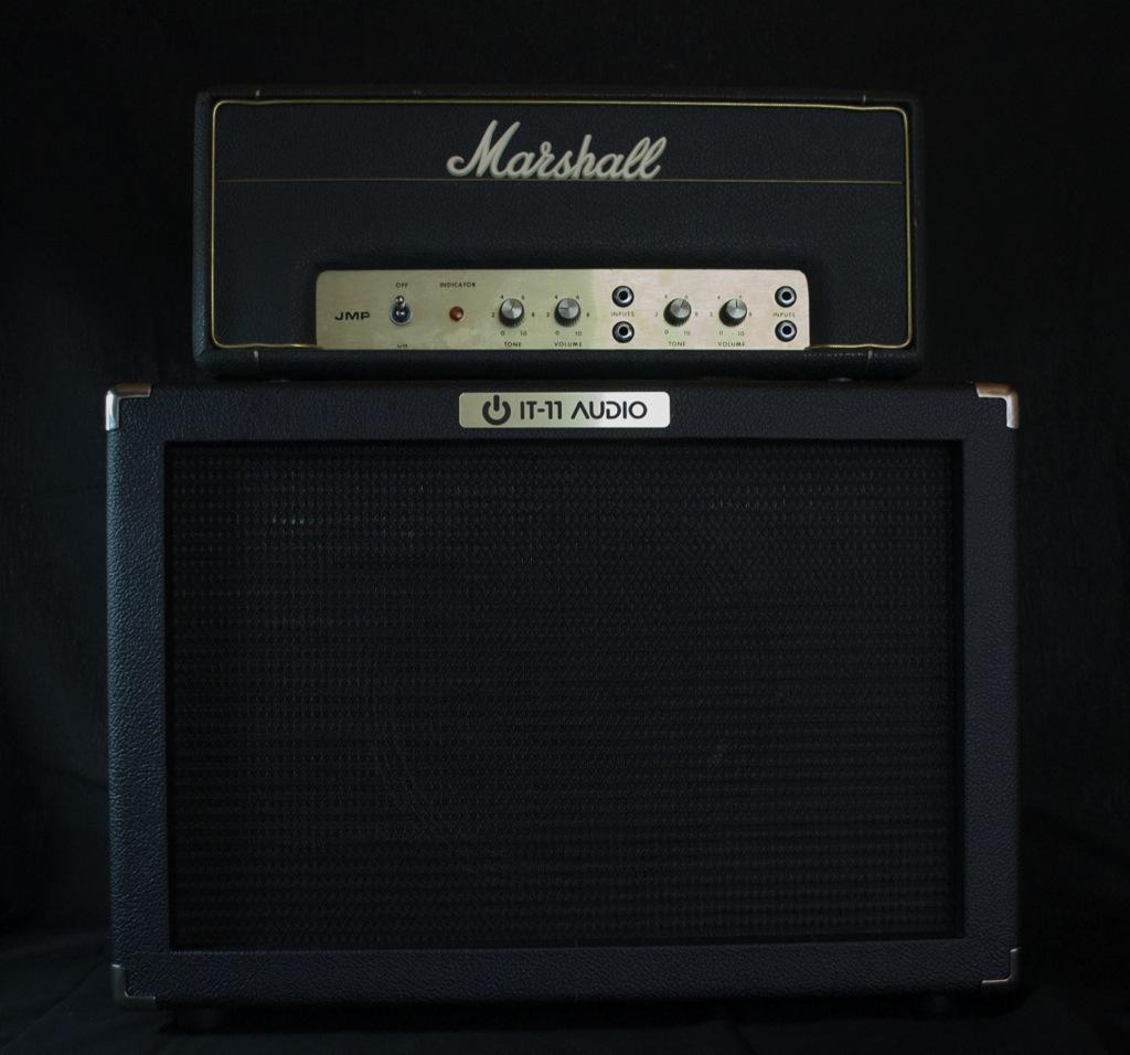 IT-11_Audio_Cab112-Black_MarshallPA20
